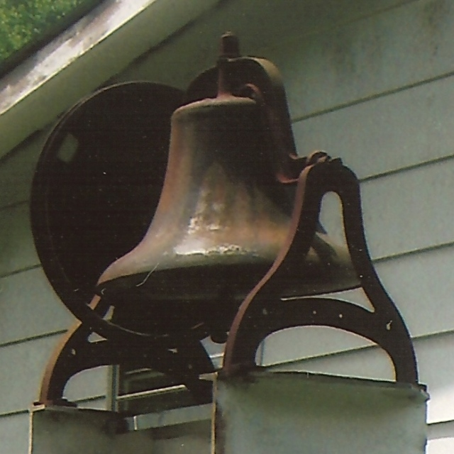 nicholas church bell
